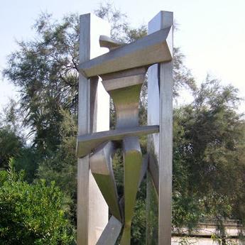 Restauro della scultura Prometeo per il Comune di Pietrasanta